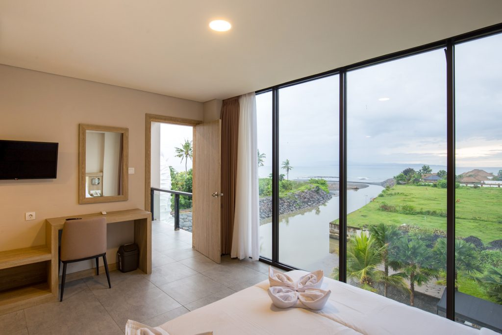 Sea View Room with Private Balcony